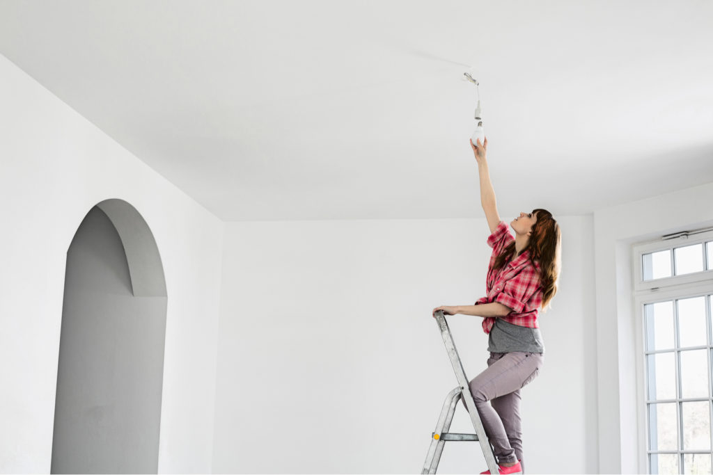 Installing Light Bulb In First Home